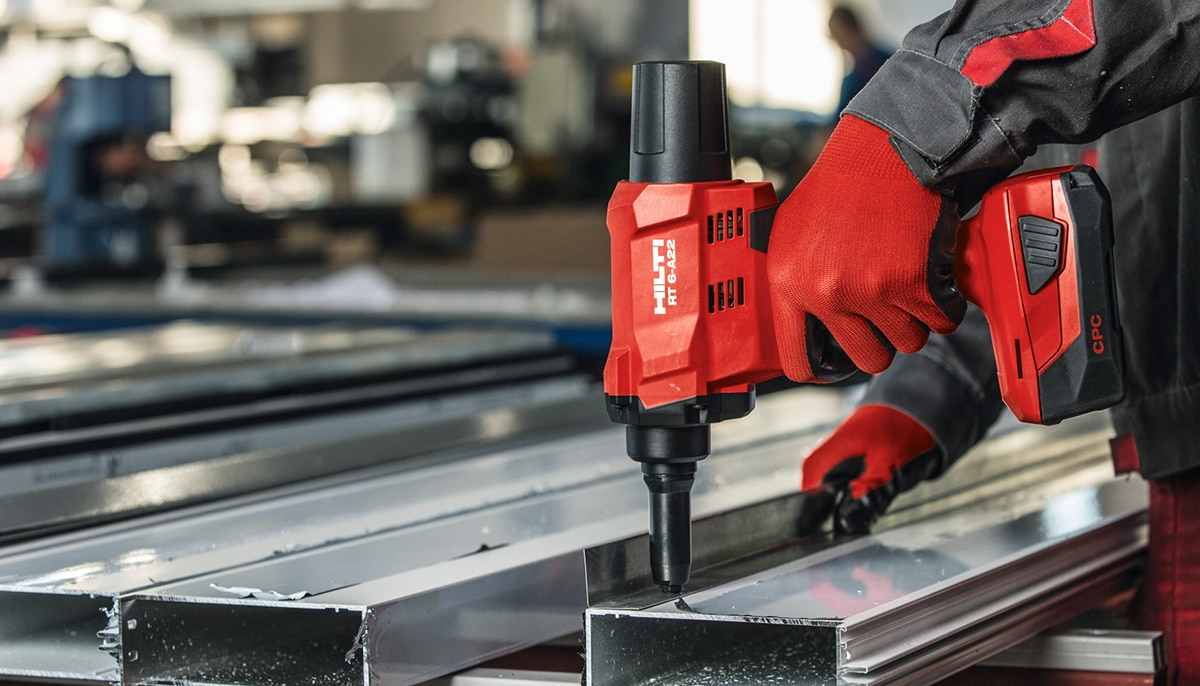Introducing the cordless rivet gun, RT 6-A22